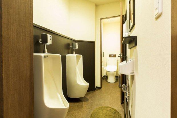 Male toilet(1F)